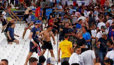 慢速西语:2016欧洲杯 球迷骚乱冲突不断