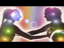 西班牙语短视频:Almas gemelas 双生灵