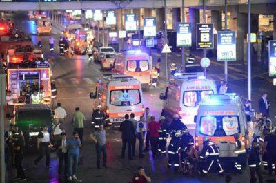 慢速西语:伊斯坦布尔机场发生自杀式袭击